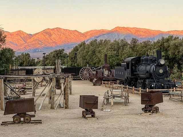 Furnance Creek - punkt widokowy, pustynia Mojave