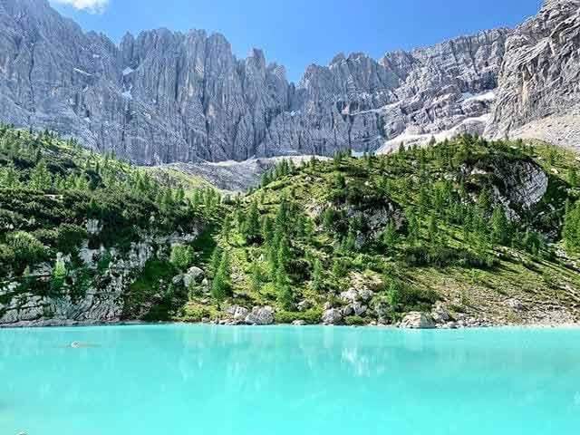 Jezioro w górach - Sorapis