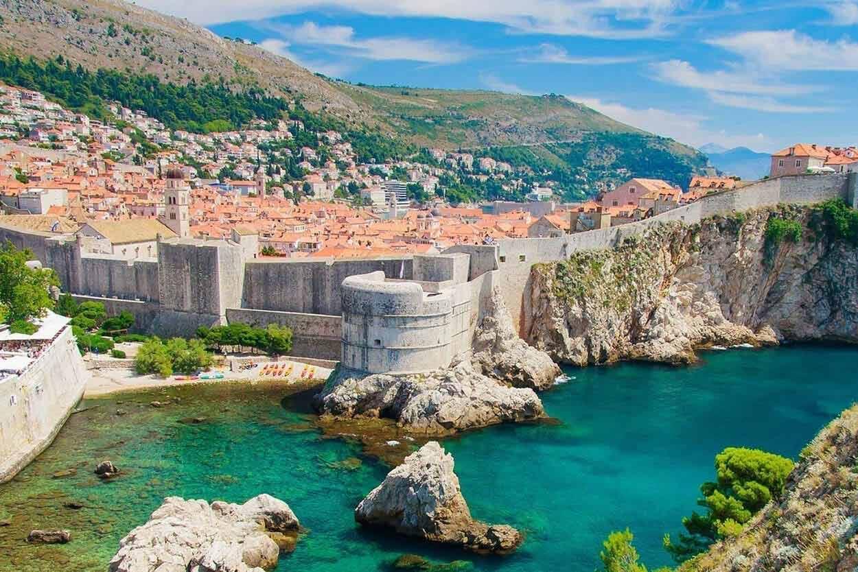 Ceny w Chorwacji, Koszt podróży, ceny w restauracji