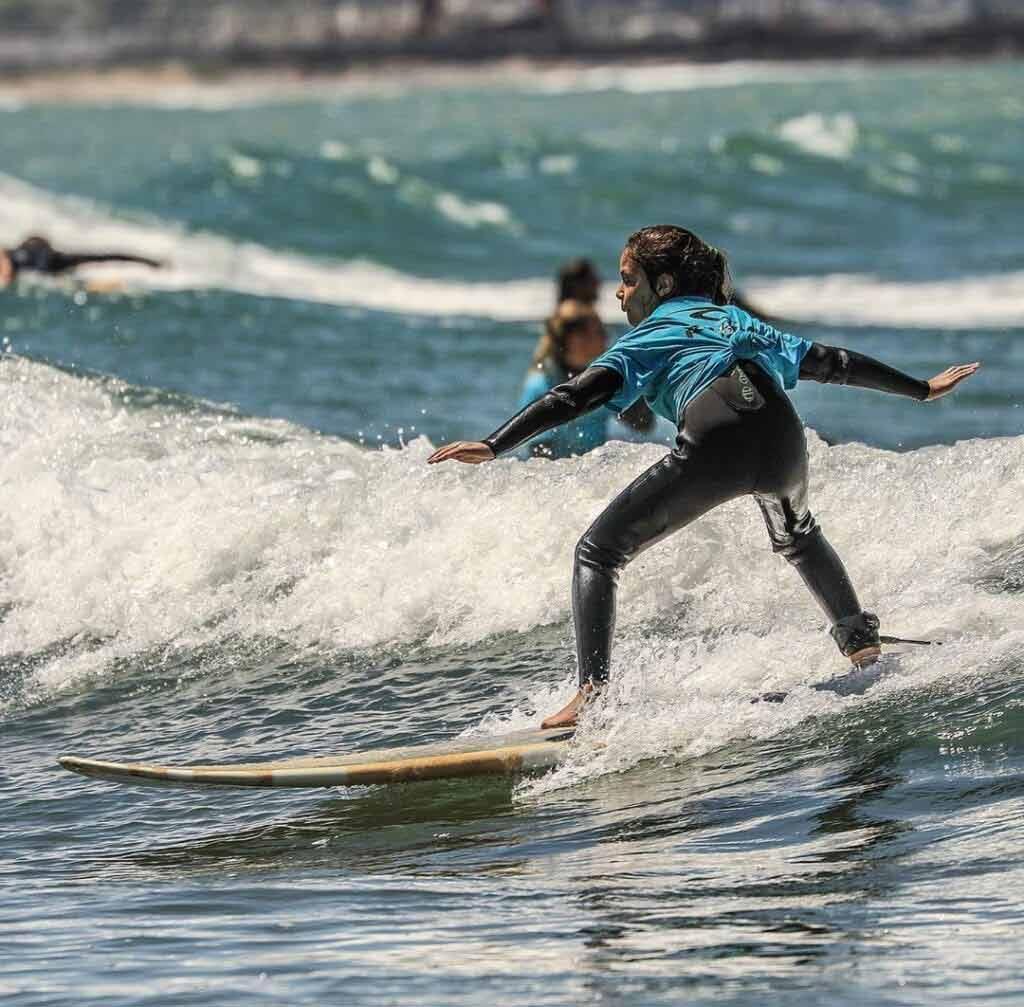 Deska surfingowa cena