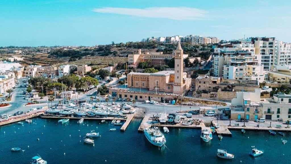 Malta - Tanie wakacje samolotem