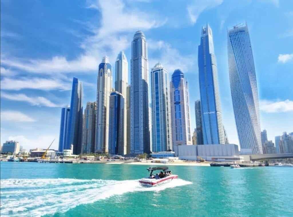 Gdzie jest ciepło w lutym - Zjednoczone Emiraty Arabskie