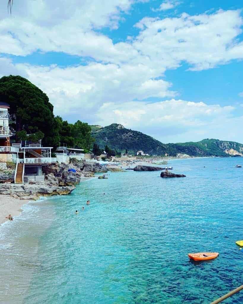 Kiedy jechać do Albanii?
