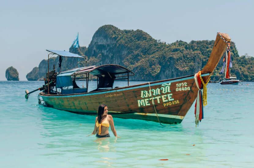 Ile się leci do Tajlandii