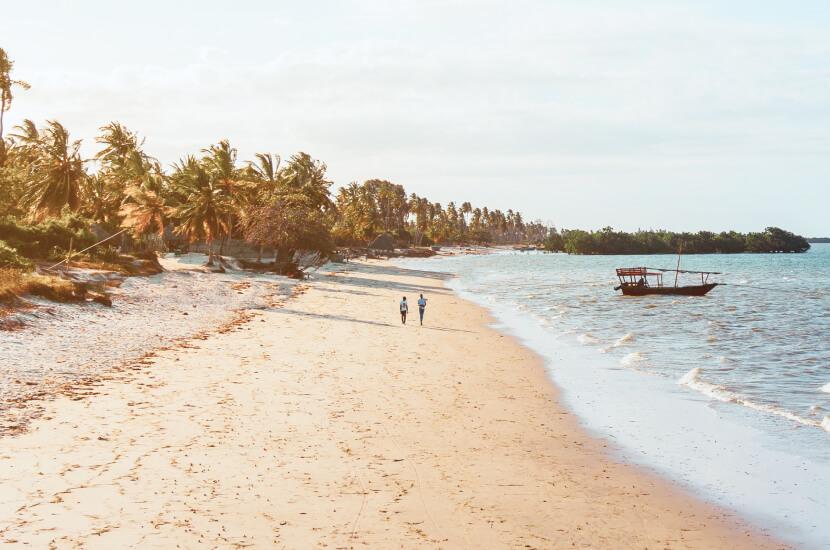 Ile się leci na Zanzibar