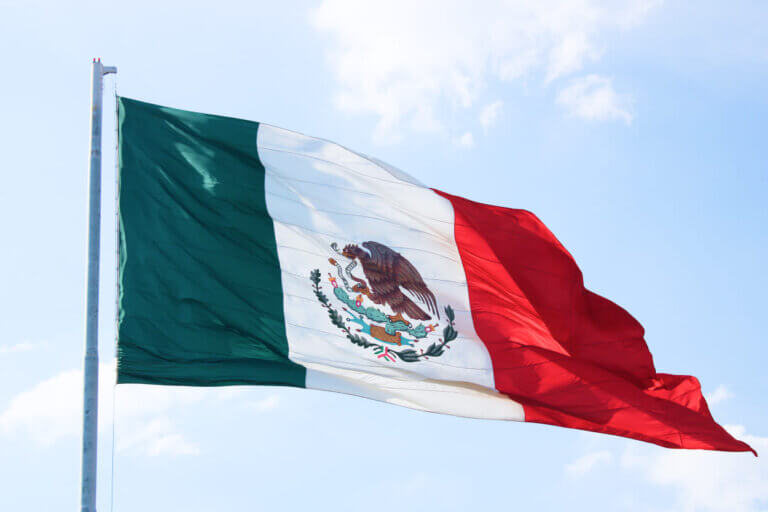 Ile trwa lot do Meksyku