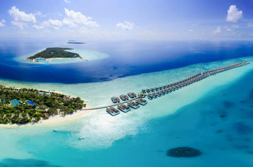 Ile trwa lot na Malediwy
