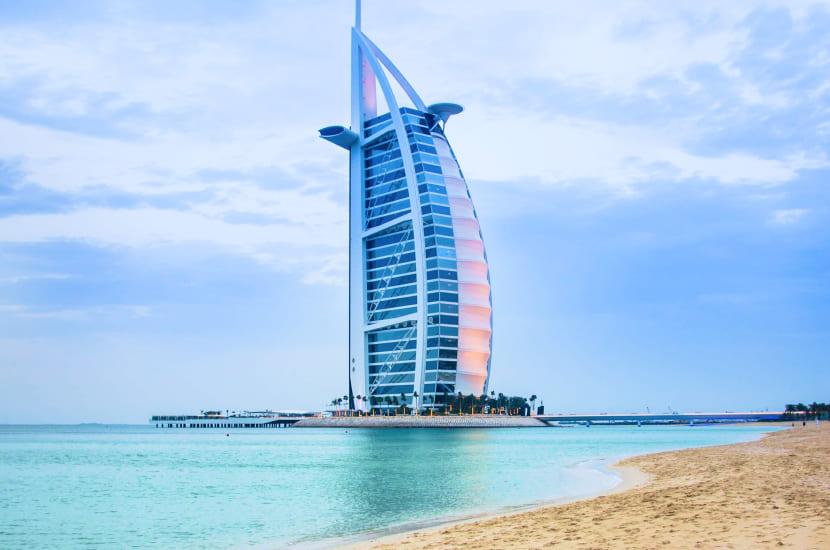 Lot do Dubaju - ile trwa