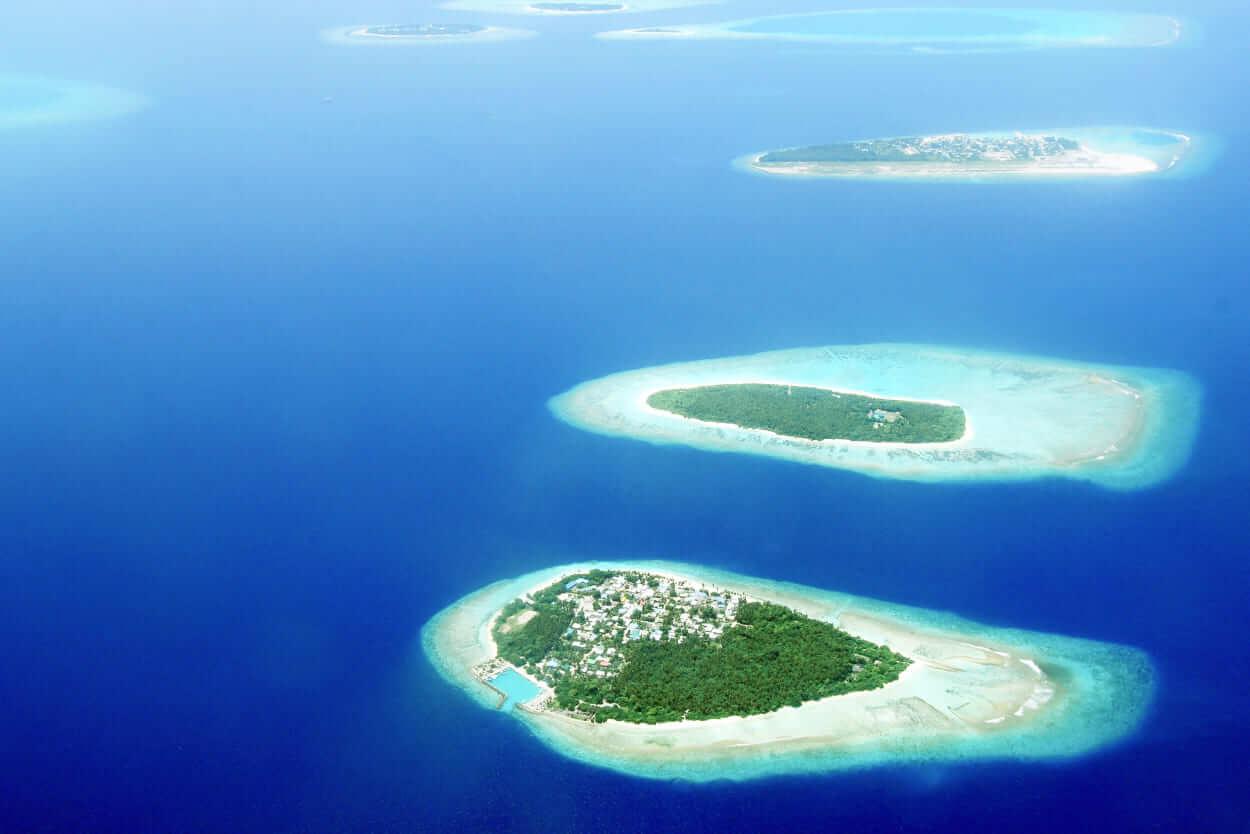 Malediwy - ile trwa lot. Zdjęcie autorstwa Asad Photo Maldives z Pexels